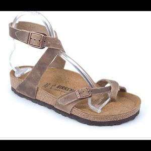 Birkenstock Yara oiled leather sandal